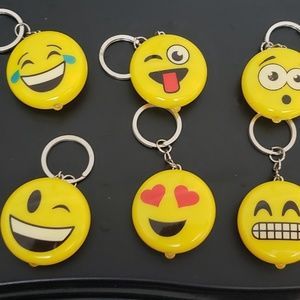 Unknown Party Supplies - Light Up Emoticon Key Chains Lot Of 36 Party Favor
